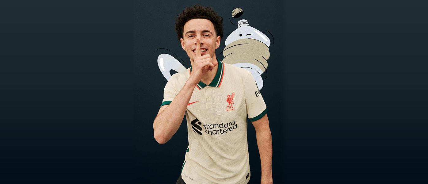 La nuova maglia away del Liverpool 2021-2022