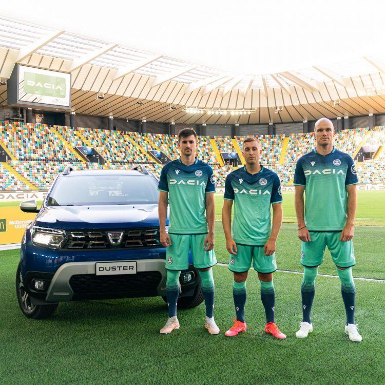 La nuova divisa dell'Udinese away 2021-2022