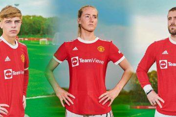 La nuova maglia del Manchester United 2021-2022