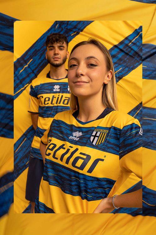 Parma seconda divisa gialloblù