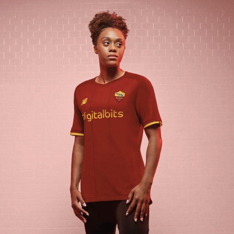 Divisa AS Roma 2021-2022