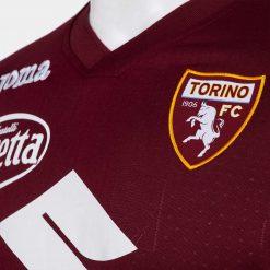 Dettaglio colletto Torino Joma