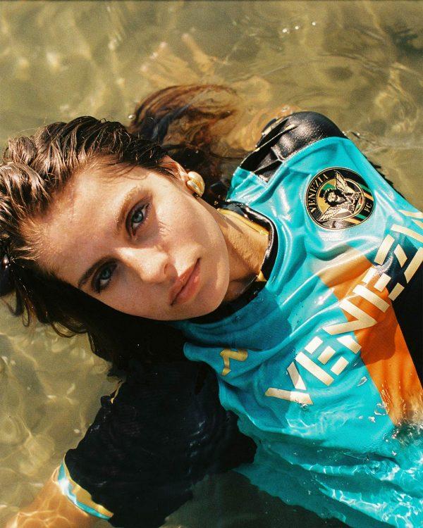 Foto terza maglia Venezia laguna