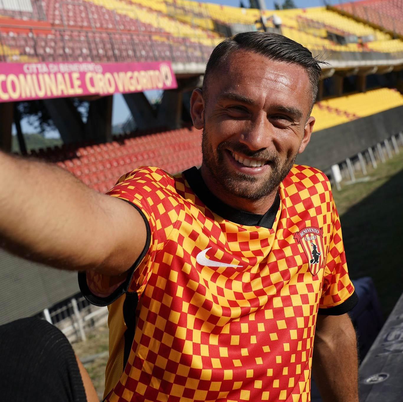Maglia Benevento home 2021-2022 Nike