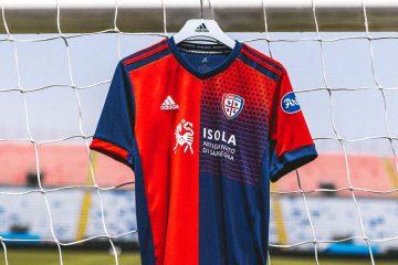 La nuova maglia del Cagliari 2021-2022