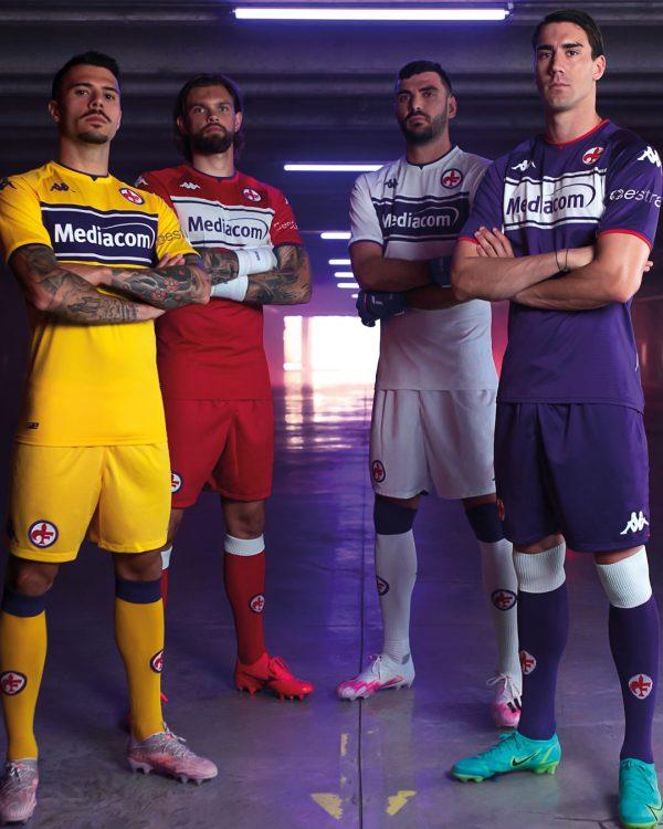 Divise Fiorentina 2021-2022 Kappa