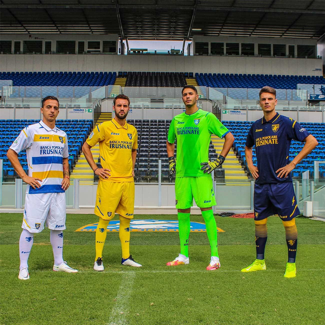 Kit Frosinone Zeus 2021-2022 Serie B