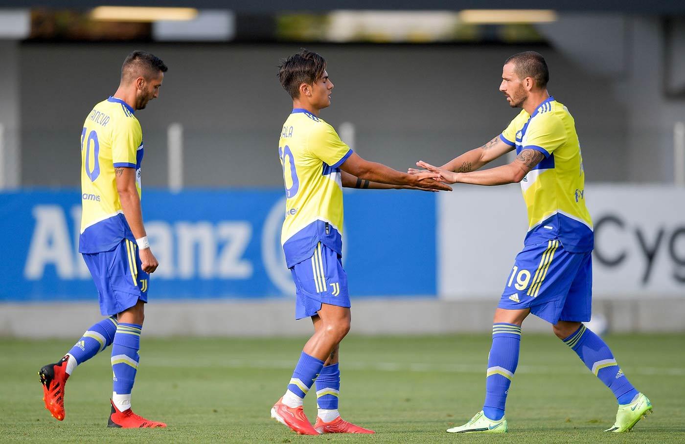 La terza divisa della Juventus 2021-2022