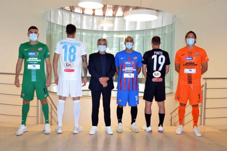 Presentazione kit Catania 2021-22 Nike