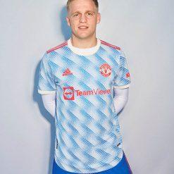 manchester-united-away-2021-22-van-de-beek