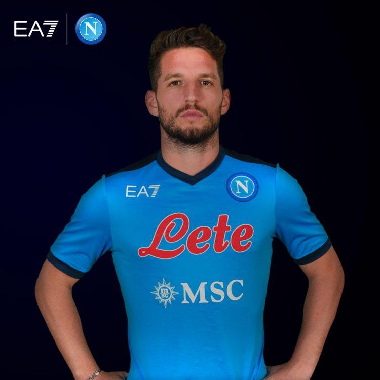 Mertens con la maglia del Napoli 2021-2022