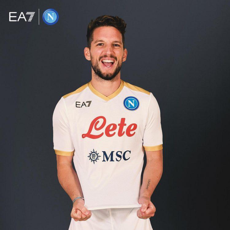 Divisa Napoli away 2021-22 Armani