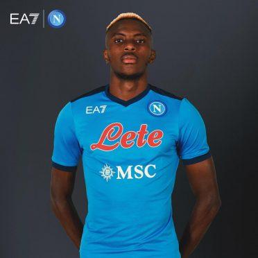 Nuova maglia Napoli 2021-2022 azzurra