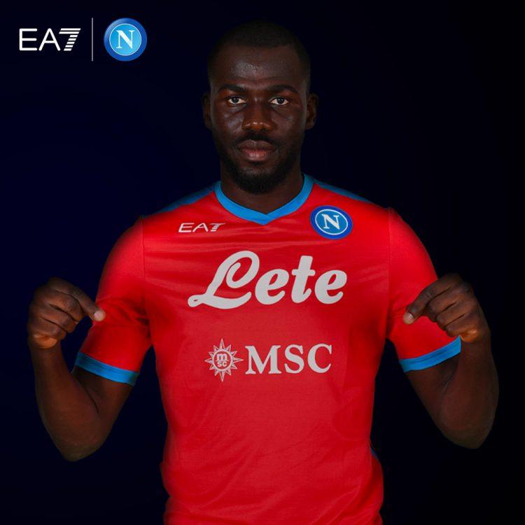 Napoli maglia rossa 2021-2022