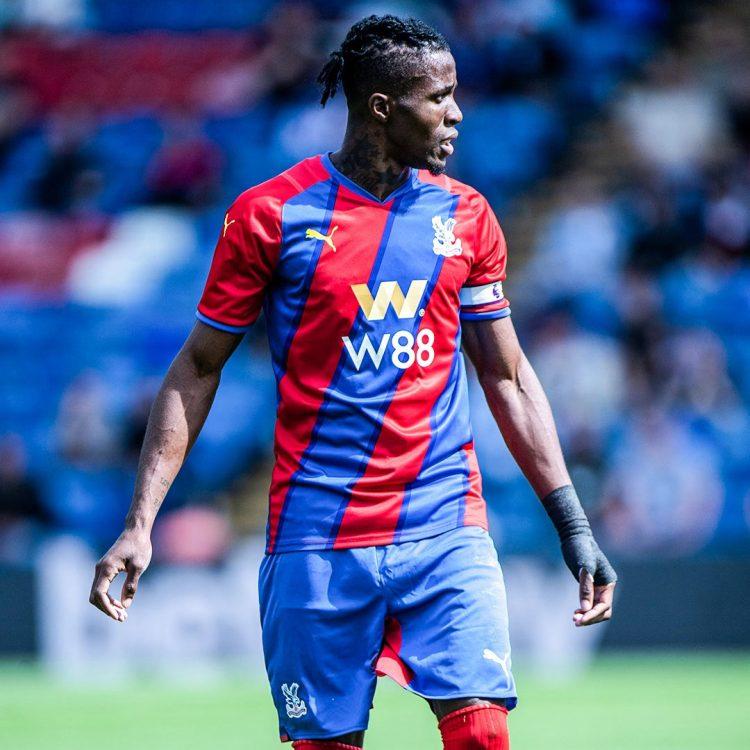 Kit Crystal Palace 2021-2022