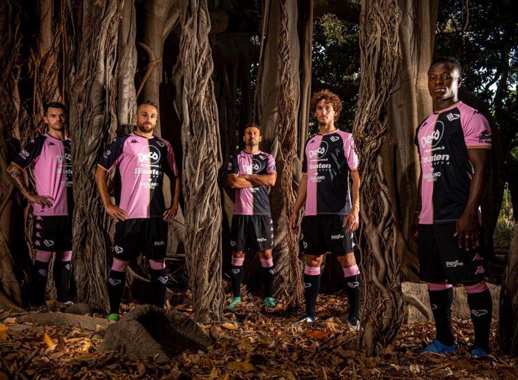 Divisa Palermo rosanero 2021-2022
