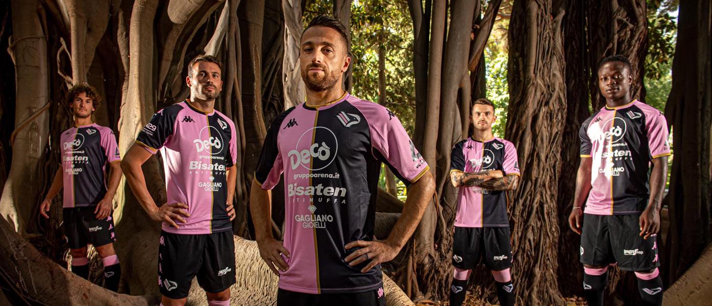 Le nuove maglie del Palermo 2021-2022