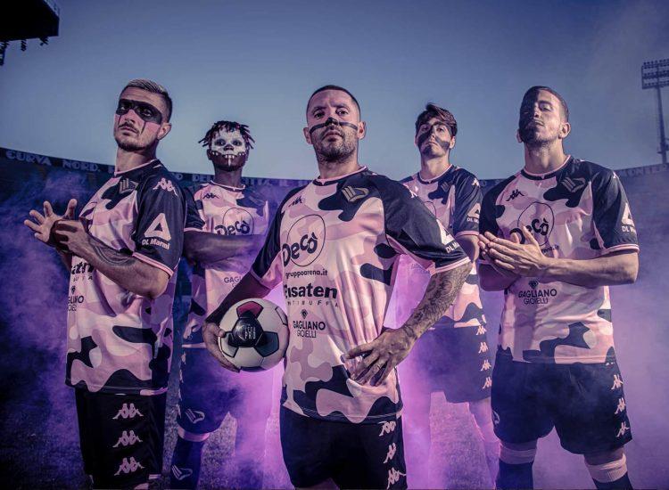 Terza maglia Palermo maculata rosanero 2021-2022
