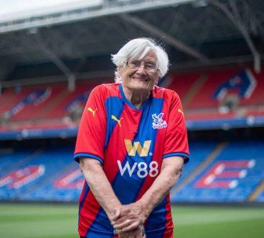 Pam Blomfield ospite Crystal Palace