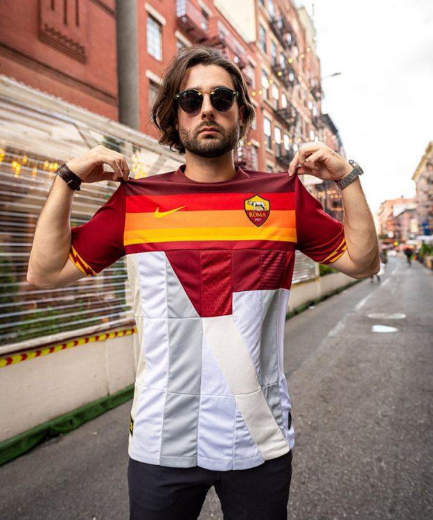 Roma Nike Mashup Colosseo 6