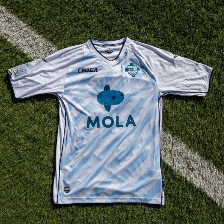 Seconda maglia Como Calcio bianca