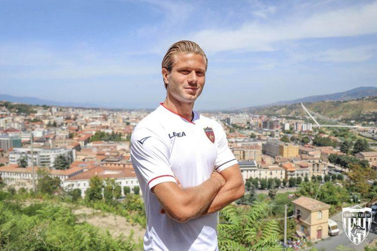 Seconda maglia Cosenza bianca 2021-2022