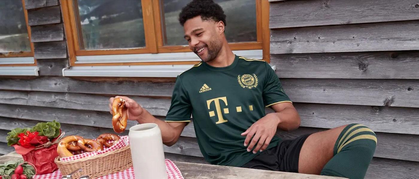 La nuova maglia del Bayern Monaco per l'Oktoberfest