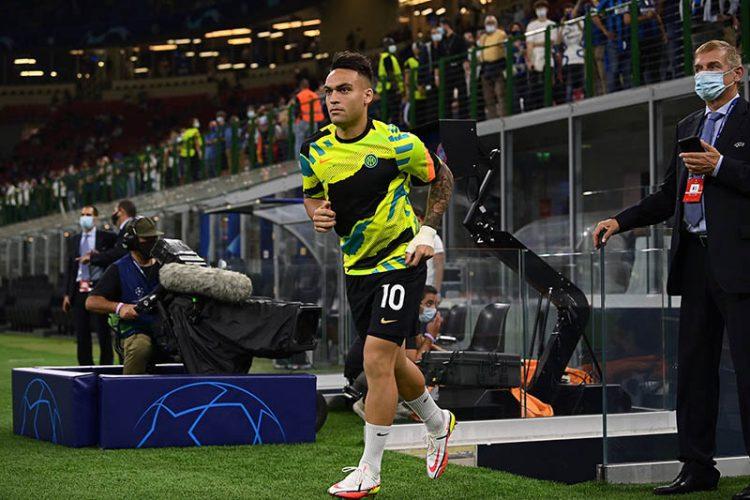 Lautaro maglia Inter pre-match Nike in Champions