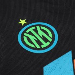 Stemma Inter fluorescente terza maglia