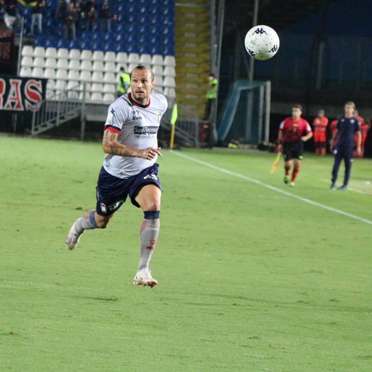 maglia-crotone-away-play1-21-22