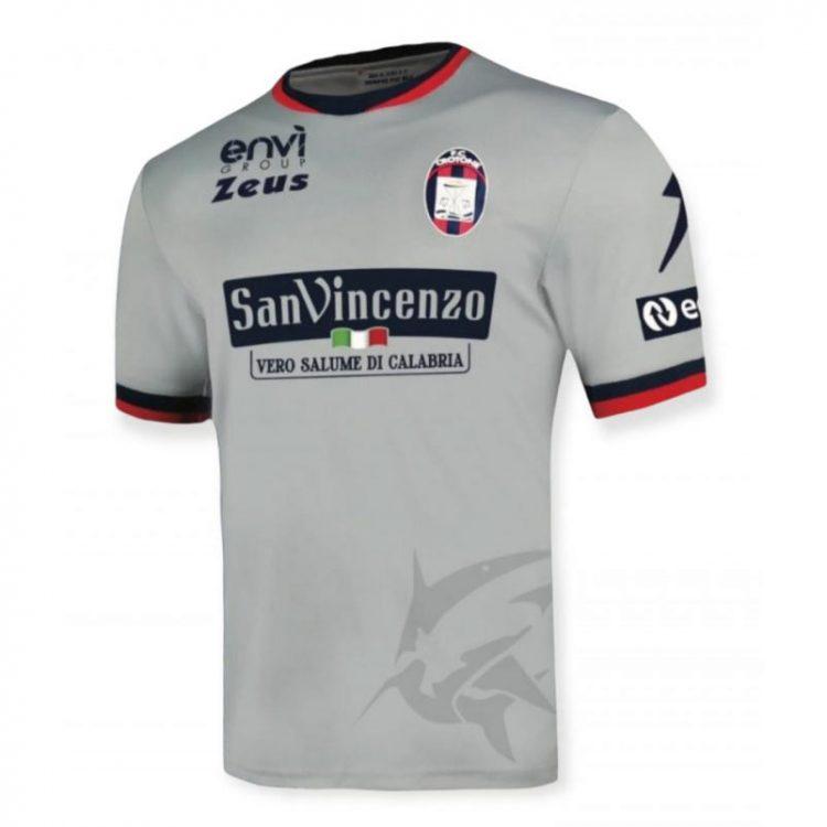 Seconda maglia Crotone 2021-2022